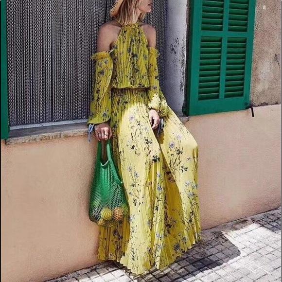 9de39a127476 Self-Portrait Dresses | Self Portrait Cold Shoulder Floral Maxi ...